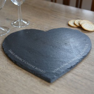 Personalised-Heart-Shaped-Slate-Cheese-Board_a