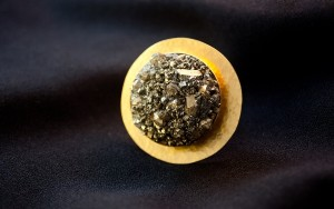 pierścionek-Big-Gold-Mole-Hill-2