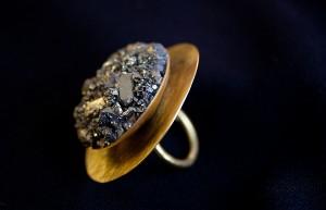 pierścionek-Big-Gold-Mole-Hill-3