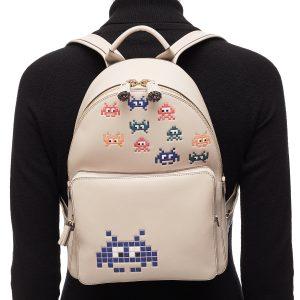 Space-Invaders-plecak-2